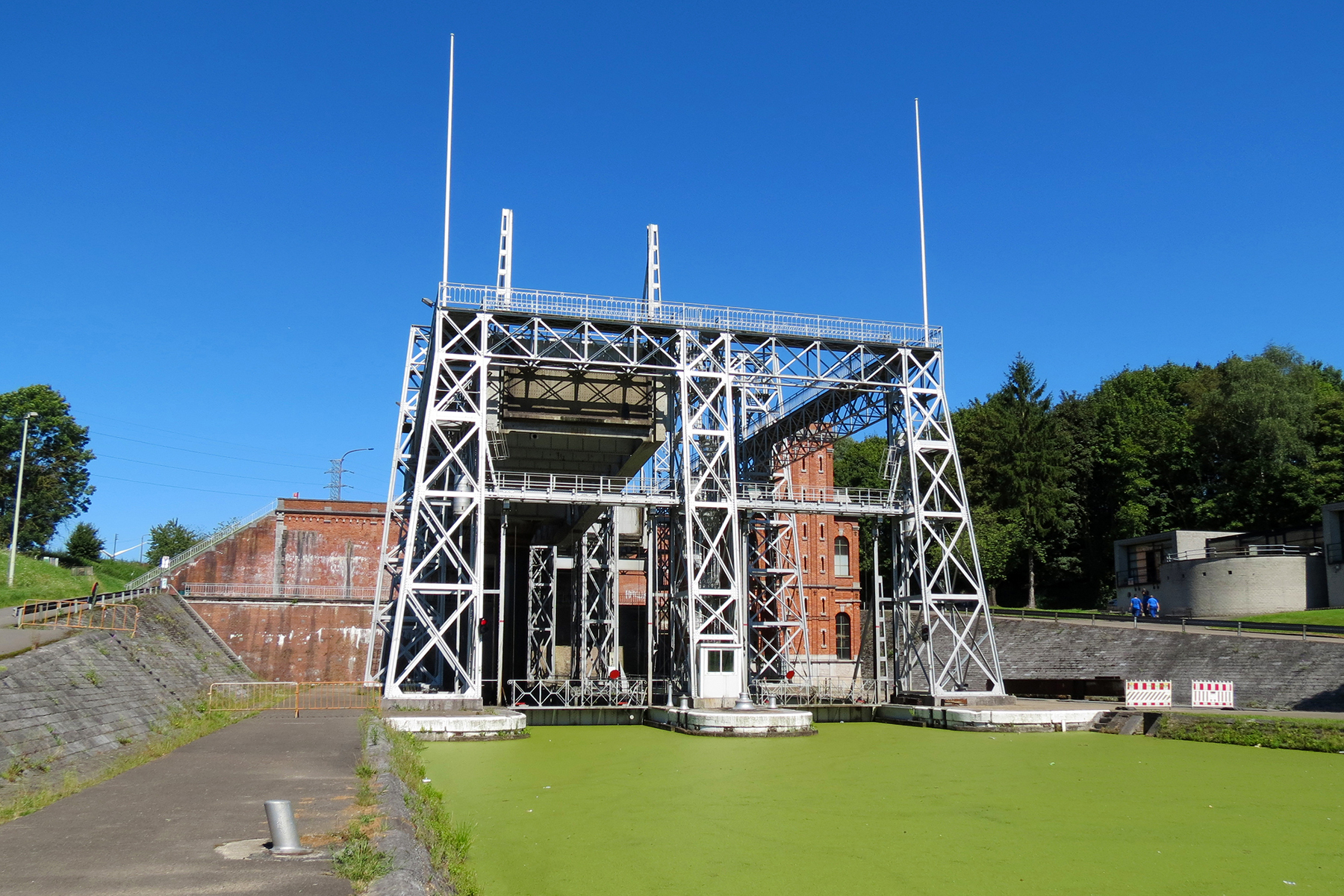 fotoreeks An example: boat trip on the route of the remarkable boat lifts